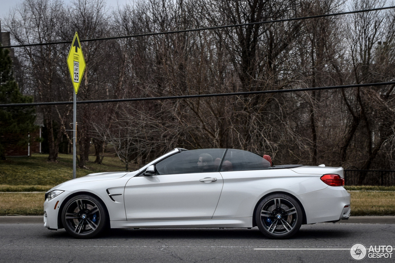 bmw m4 f83 convertible 25 march 2016 autogespot. Black Bedroom Furniture Sets. Home Design Ideas