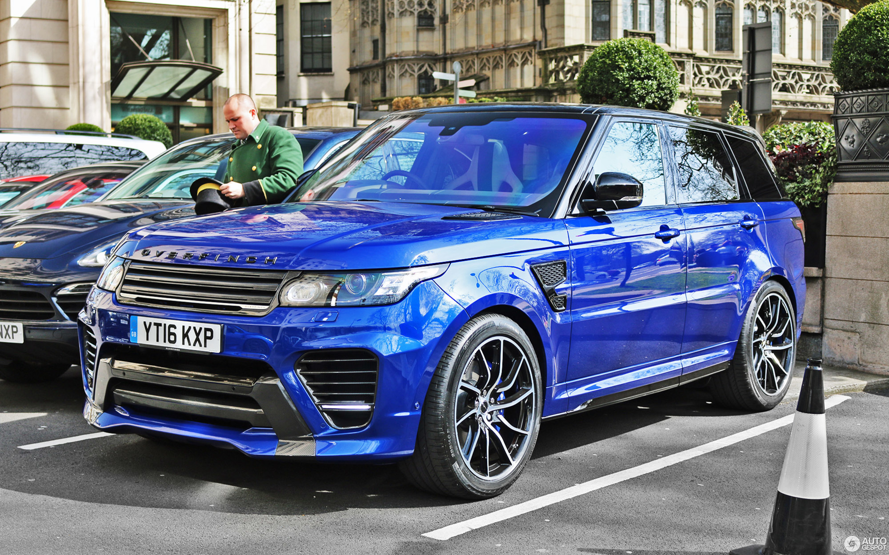 Land Rover Range Rover Overfinch Gt Svr 5 April 2016 Autogespot