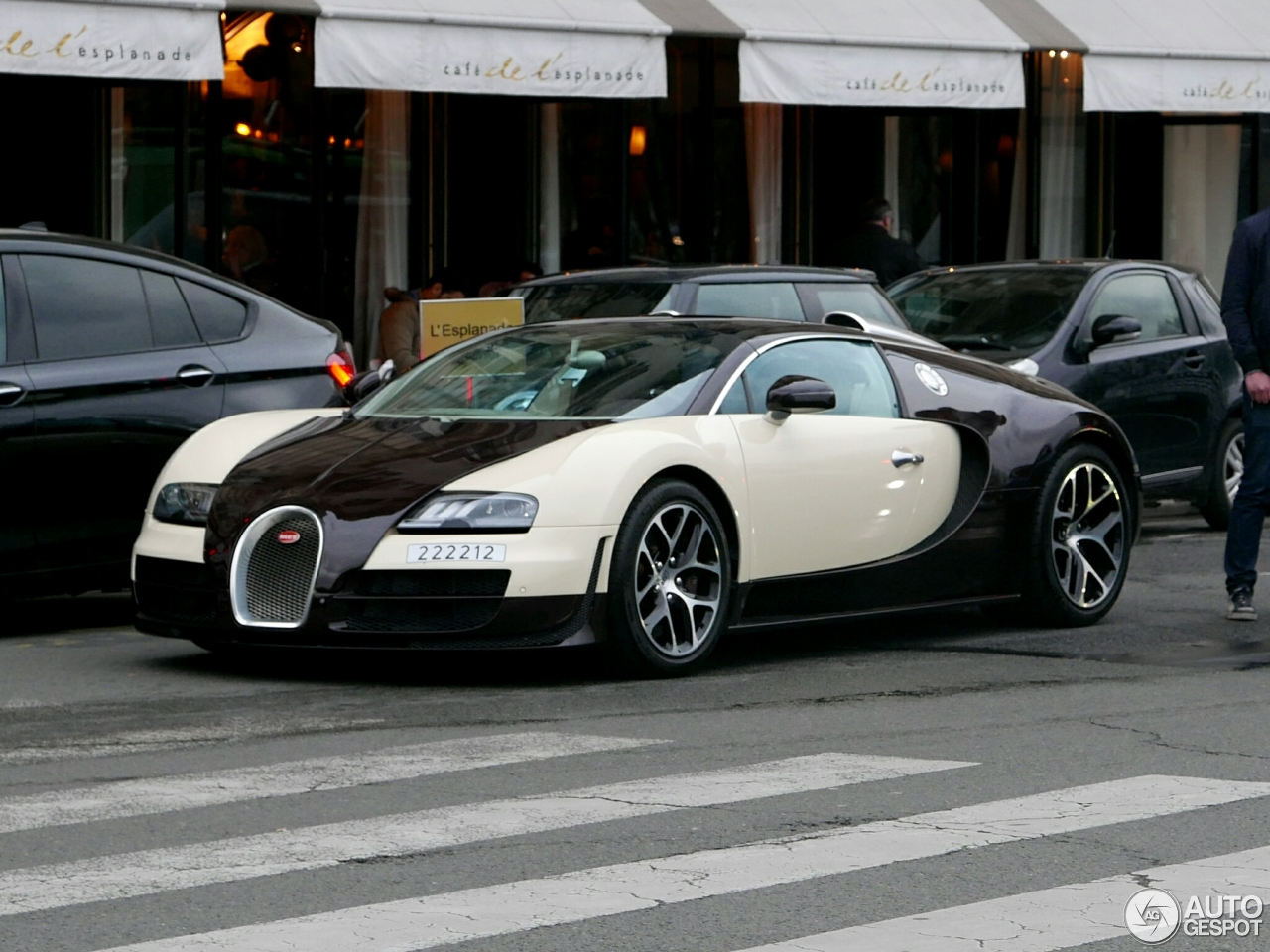 bugatti veyron 16 4 grand sport vitesse 11 avril 2016 autogespot. Black Bedroom Furniture Sets. Home Design Ideas