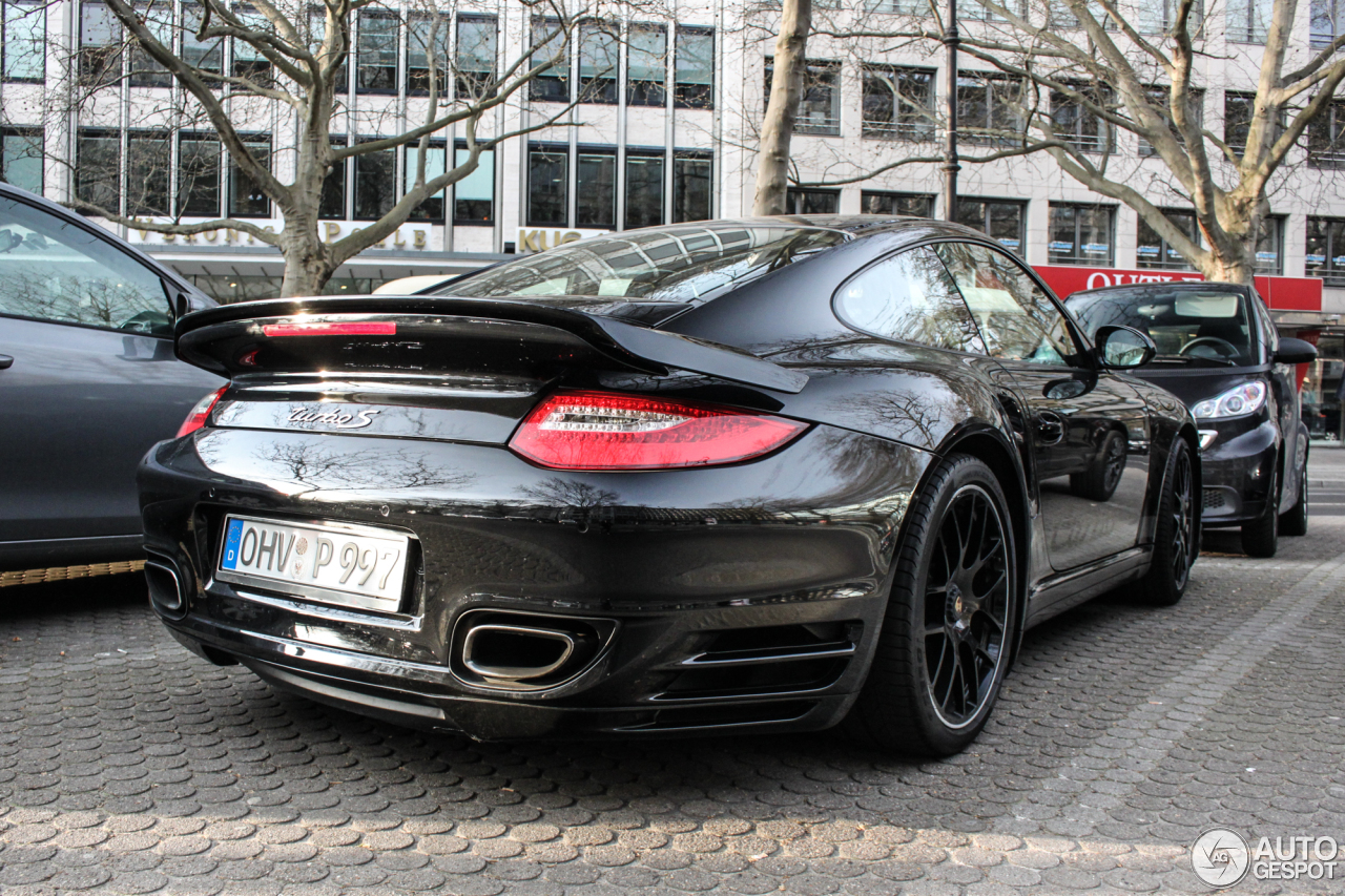 porsche 997 turbo s 11 april 2016 autogespot. Black Bedroom Furniture Sets. Home Design Ideas