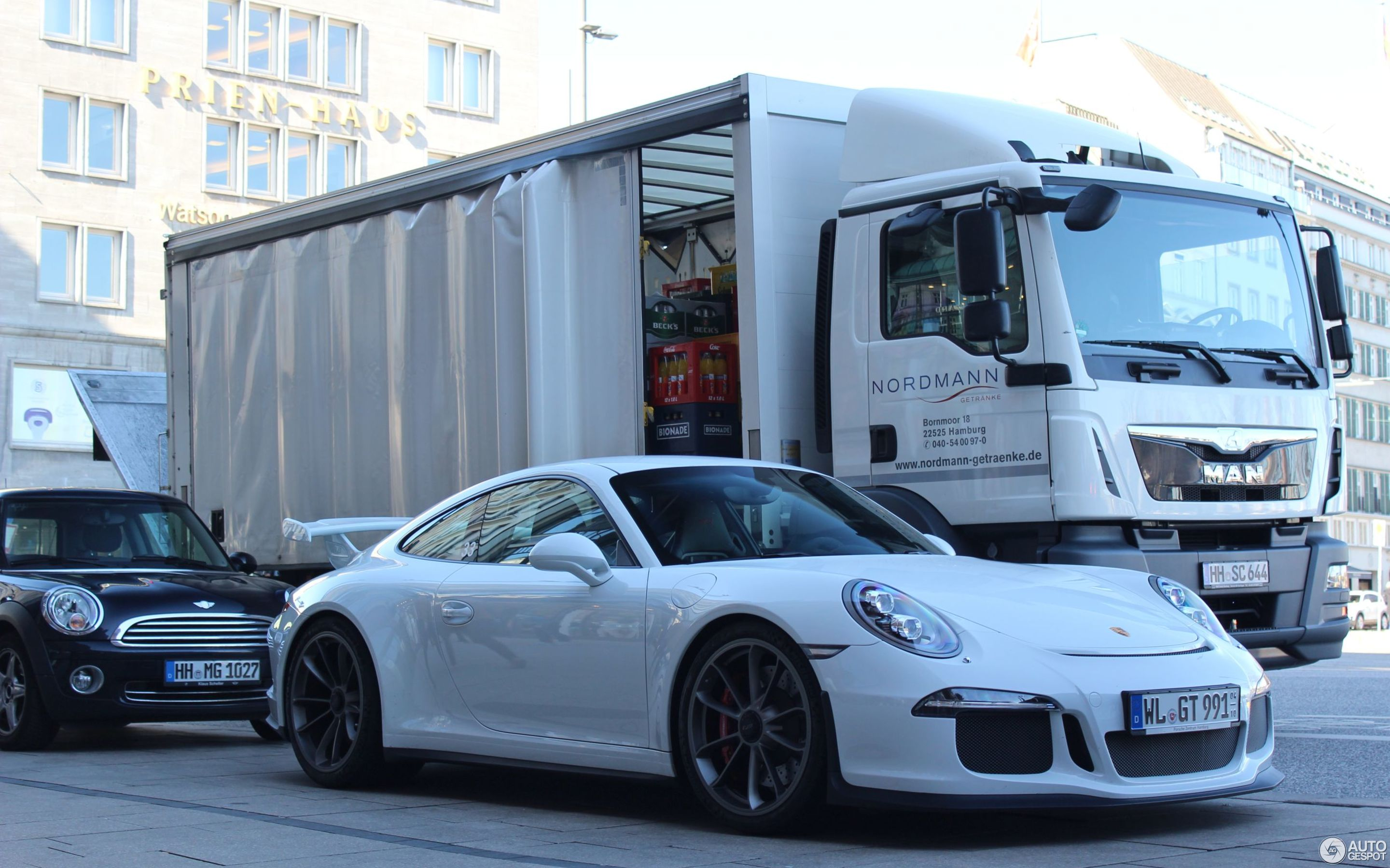 Porsche 991 GT3 - 14 April 2016 - Autogespot