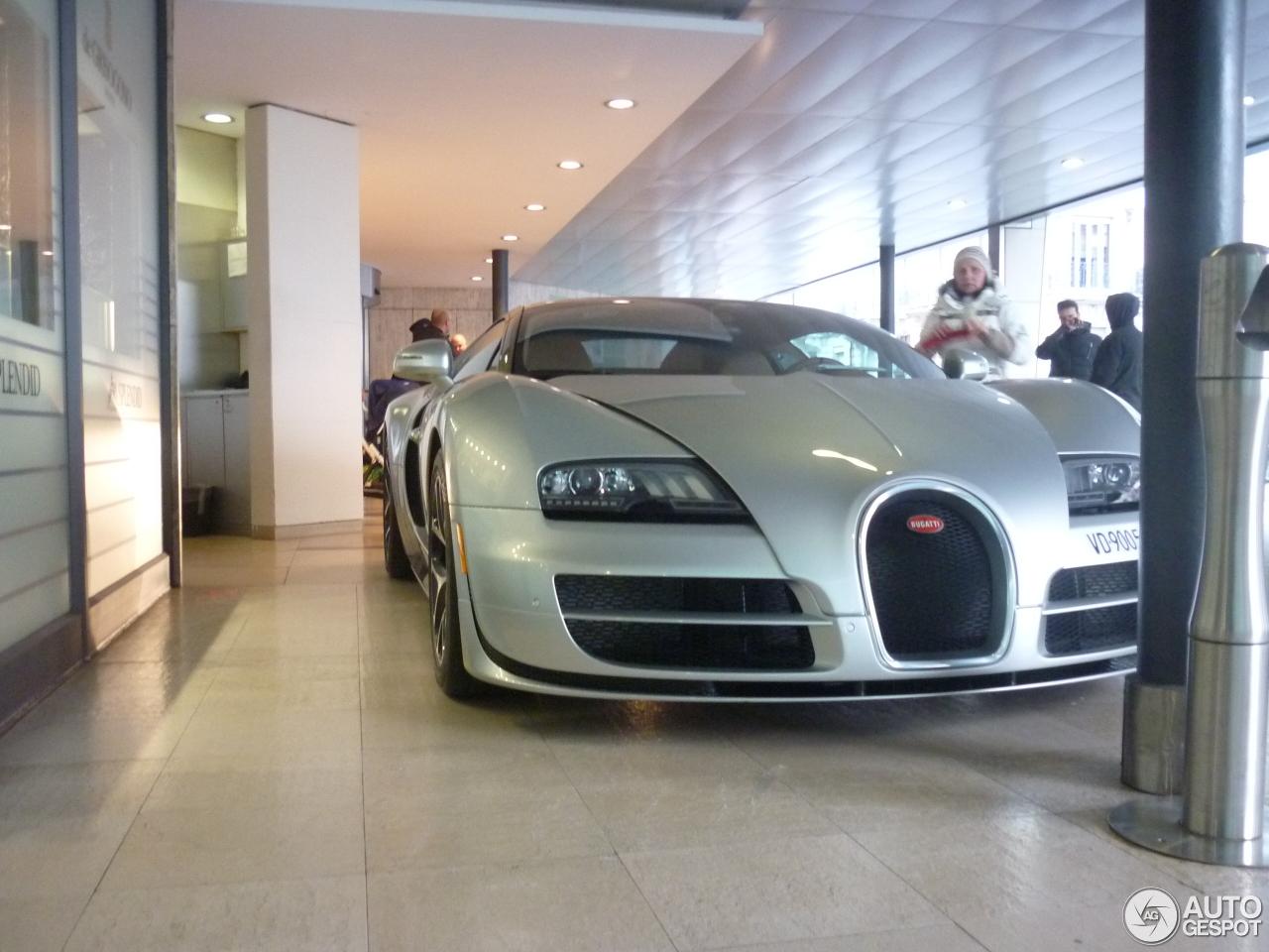 bugatti veyron 16 4 grand sport vitesse 16 april 2016 autogespot. Black Bedroom Furniture Sets. Home Design Ideas