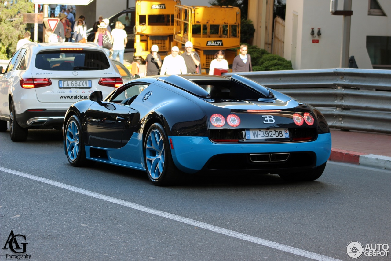 bugatti veyron 16 4 grand sport vitesse 19 april 2016 autogespot. Black Bedroom Furniture Sets. Home Design Ideas