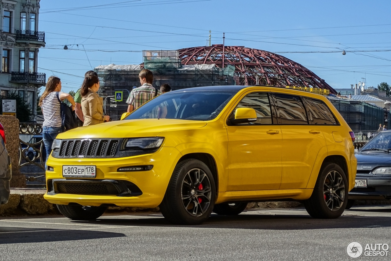 jeep grand cherokee srt 8 2013 19 april 2016 autogespot. Black Bedroom Furniture Sets. Home Design Ideas