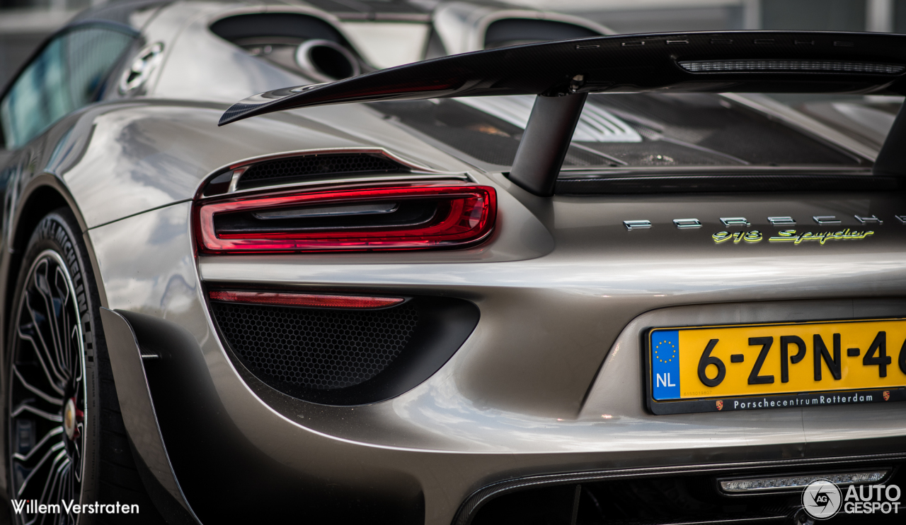 porsche 918 spyder weissach package 23 april 2016 autogespot. Black Bedroom Furniture Sets. Home Design Ideas