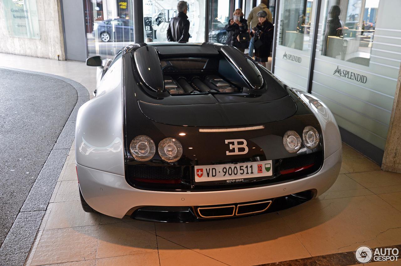 bugatti veyron 16 4 grand sport vitesse 24 april 2016 autogespot. Black Bedroom Furniture Sets. Home Design Ideas