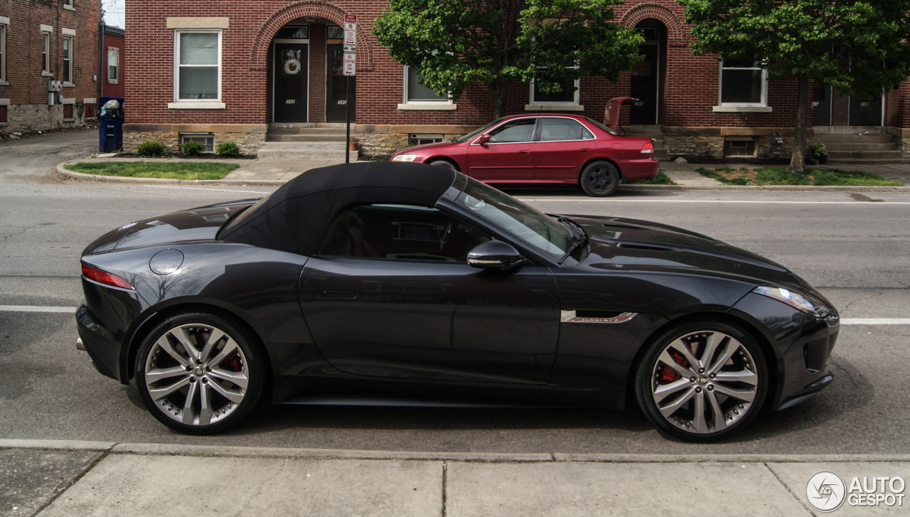jaguar f type s v8 convertible 25 april 2016 autogespot. Black Bedroom Furniture Sets. Home Design Ideas