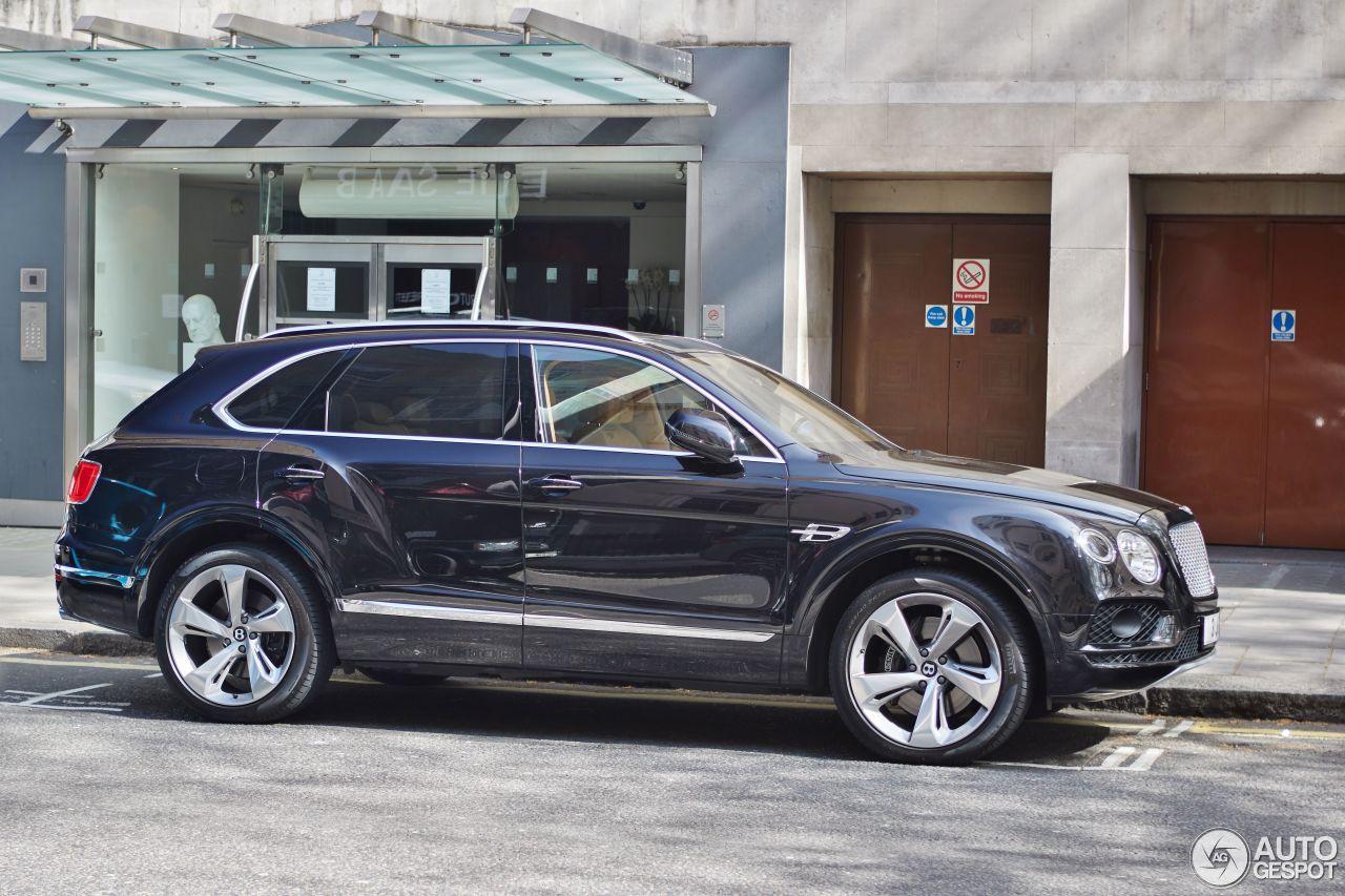Bentley Bentayga 11 May 2016 Autogespot