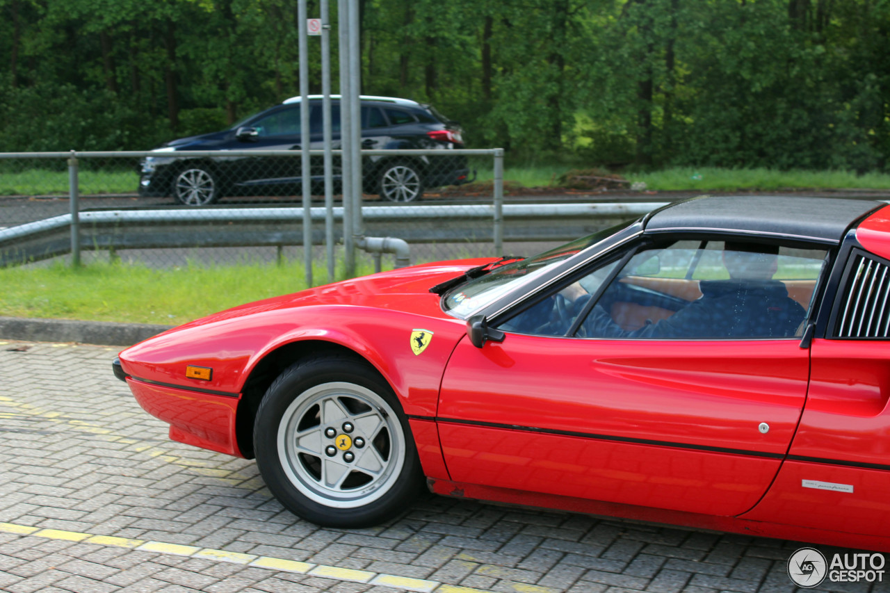 ferrari 308 gtsi 16 mei 2016 autogespot. Black Bedroom Furniture Sets. Home Design Ideas