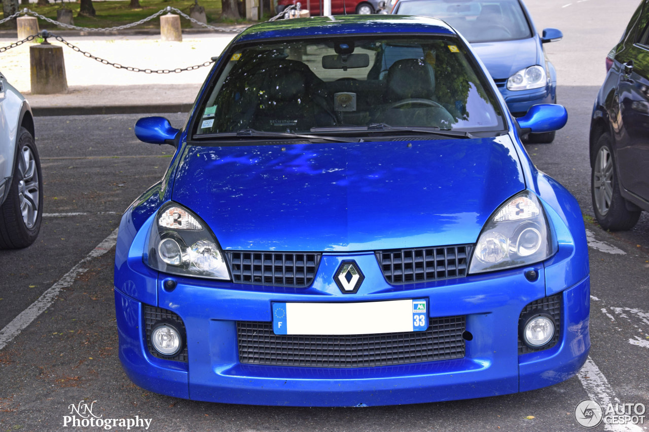 renault clio v6 phase ii 21 mai 2016 autogespot. Black Bedroom Furniture Sets. Home Design Ideas
