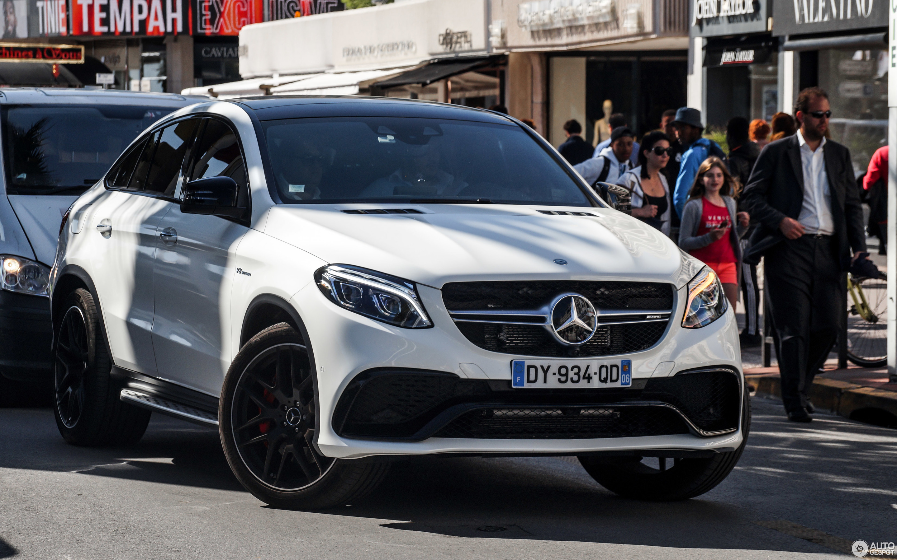 Mercedes AMG GLE 63 S Coupé 23 May 2016 Autogespot