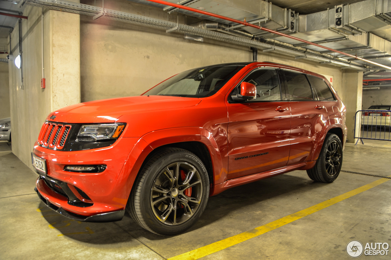 Jeep Grand Cherokee SRT 8 2014 Red Vapor Edition 26 May
