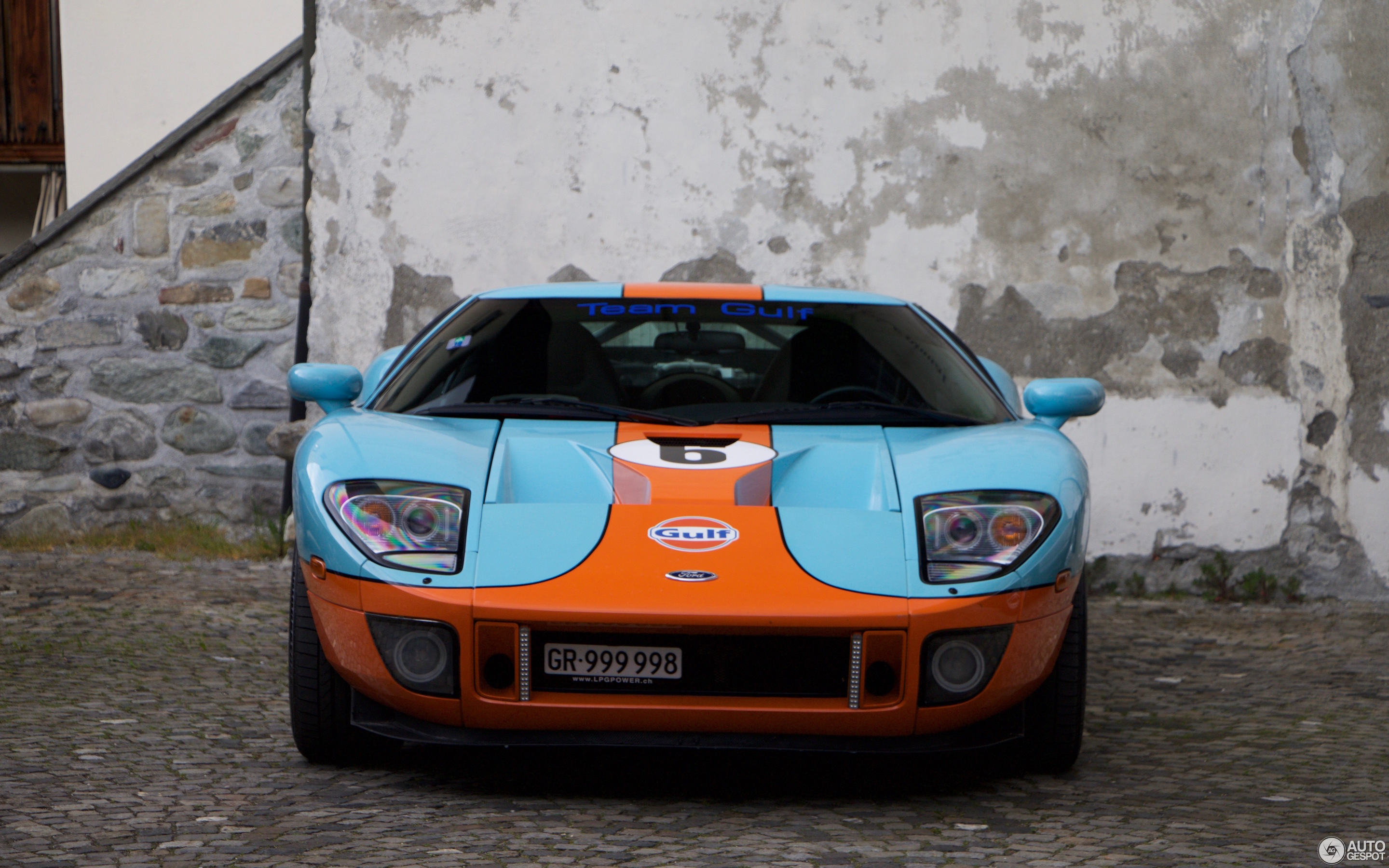 Ford GT Heritage Edition - 26 May 2016 - Autogespot