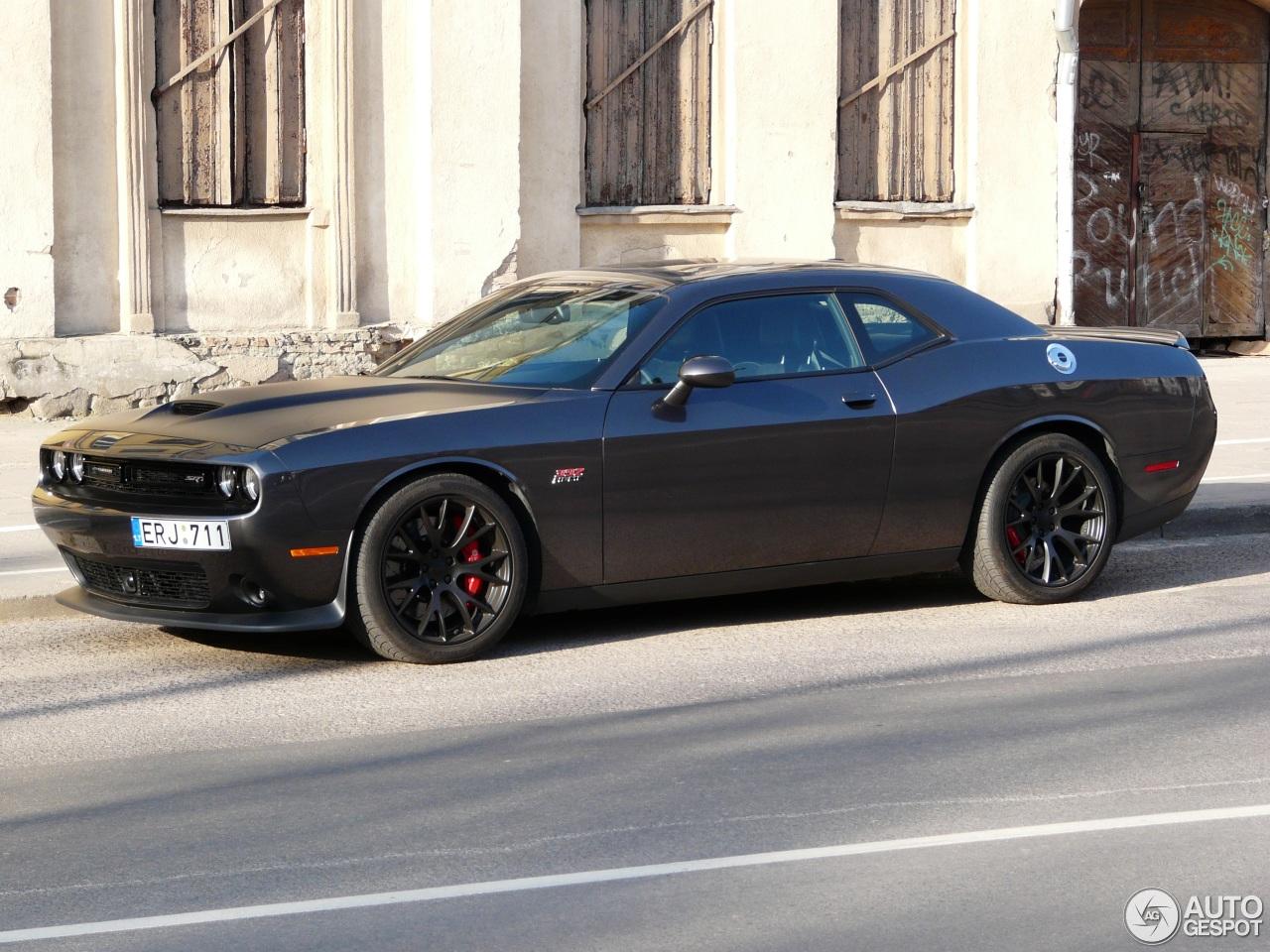Dodge Challenger Srt 8 392 2015 27 May 2016 Autogespot