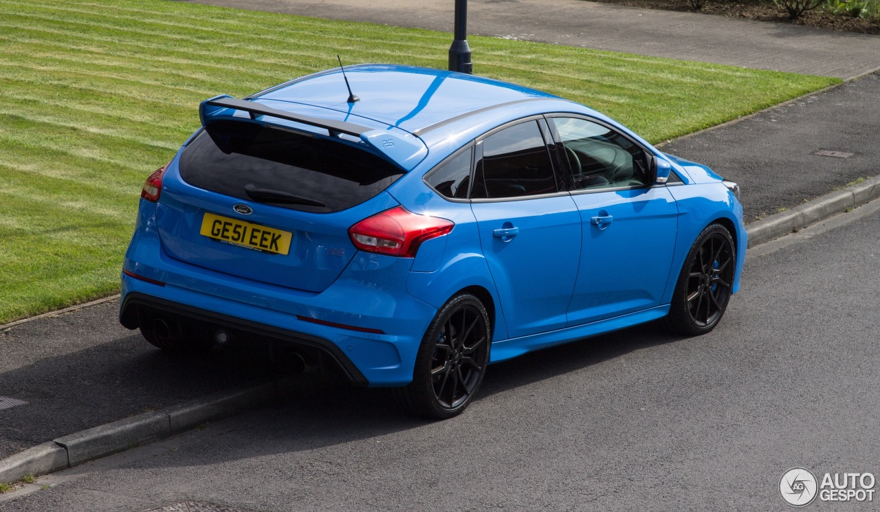 ford focus rs 2015 3 june 2016 autogespot. Black Bedroom Furniture Sets. Home Design Ideas