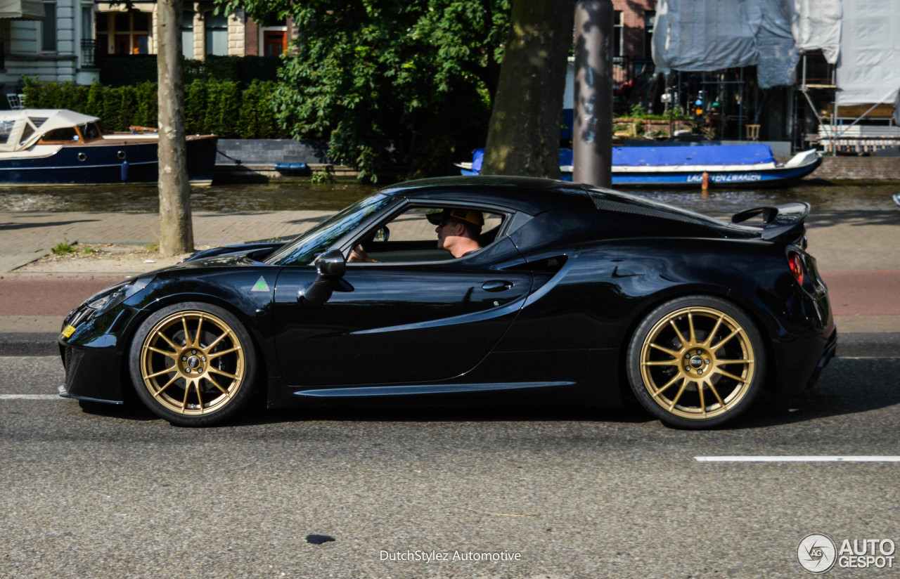 Alfa Romeo Pogea Racing 4C Centurion 1Plus - 6 June 2016 ...