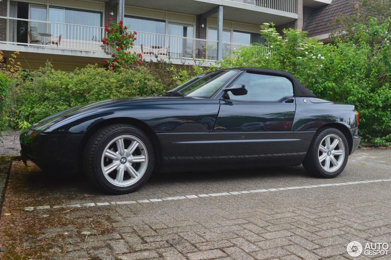 bmw z1 11 june 2016 autogespot. Black Bedroom Furniture Sets. Home Design Ideas
