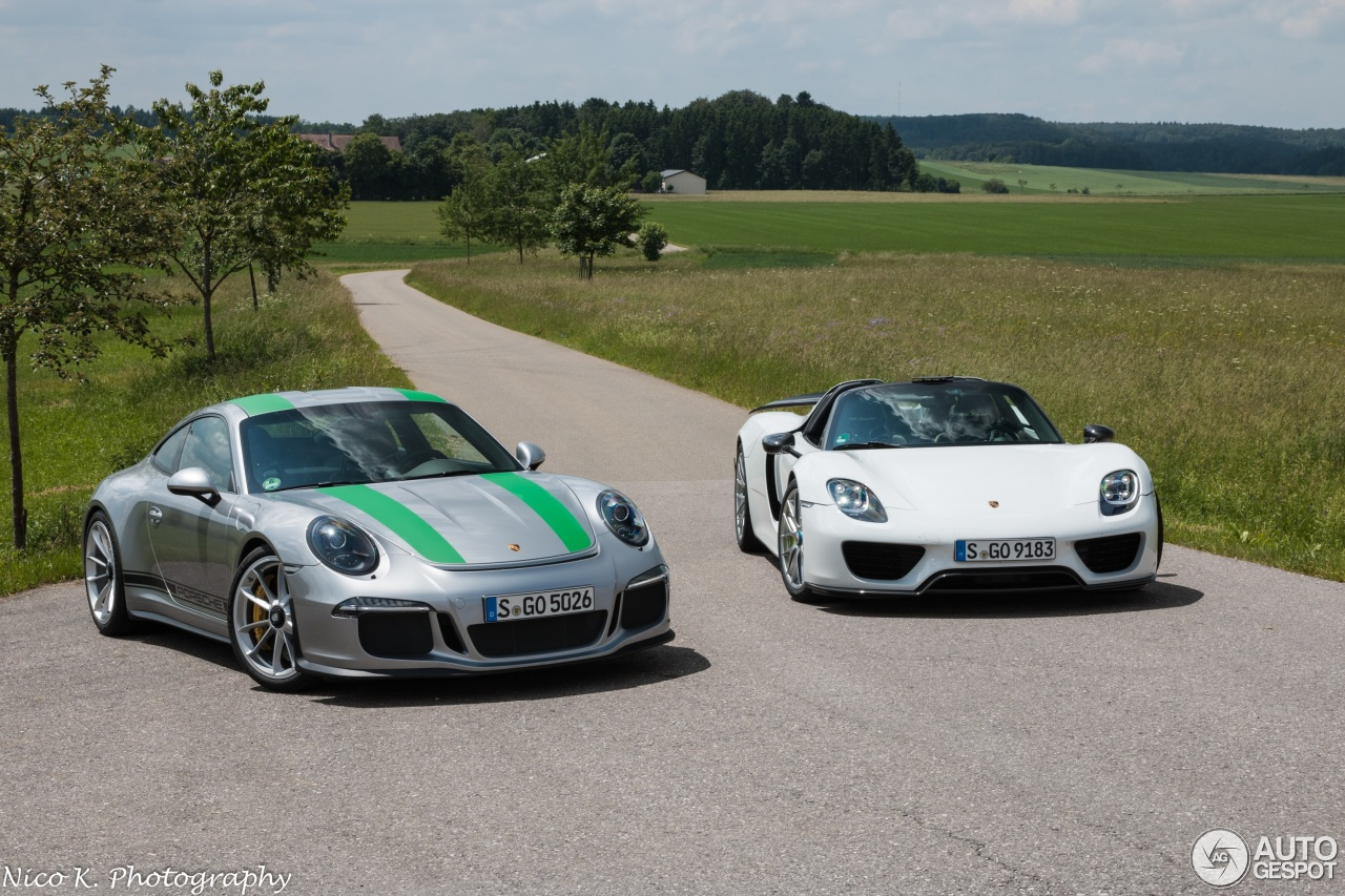 porsche 911 r 11 june 2016 autogespot. Black Bedroom Furniture Sets. Home Design Ideas