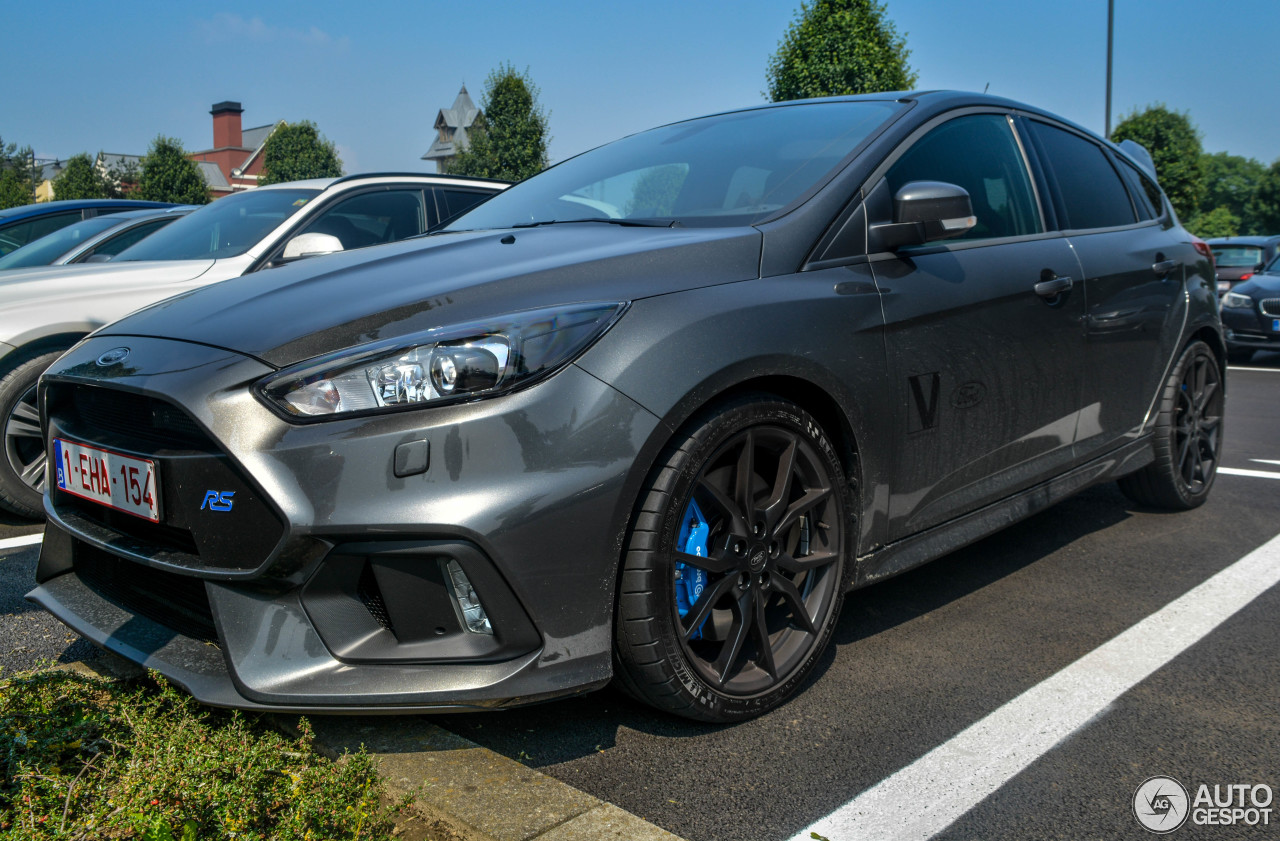 ford focus rs 2015 19 june 2016 autogespot. Black Bedroom Furniture Sets. Home Design Ideas