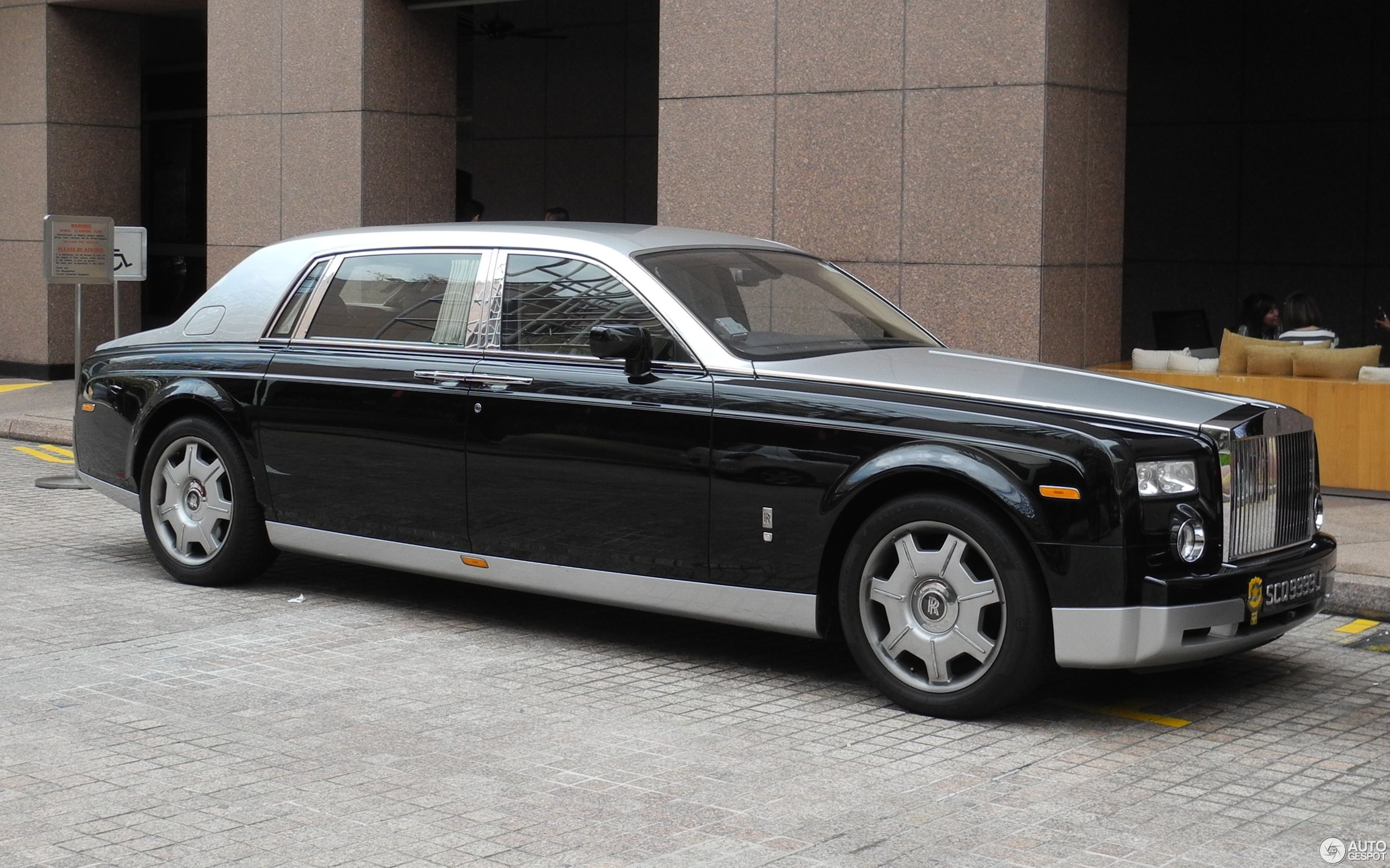 rolls royce phantom ewb 19 juni 2016 autogespot. Black Bedroom Furniture Sets. Home Design Ideas