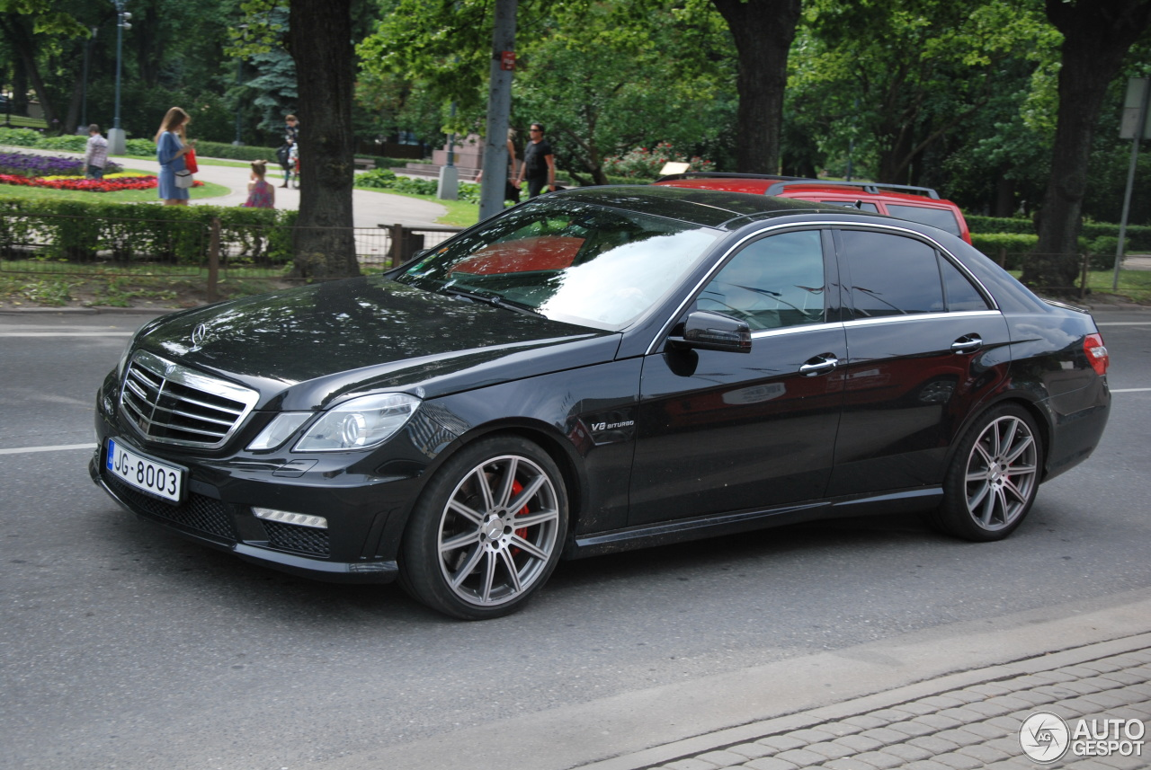mercedes benz e 63 amg w212 v8 biturbo 21 june 2016 autogespot. Black Bedroom Furniture Sets. Home Design Ideas