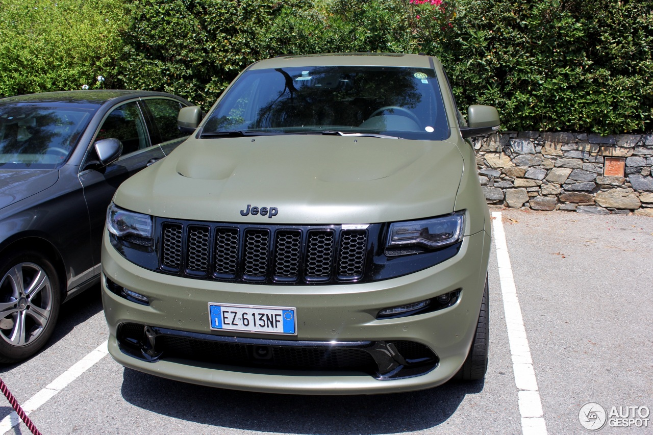 jeep grand cherokee srt 8 2013 28 june 2016 autogespot. Black Bedroom Furniture Sets. Home Design Ideas