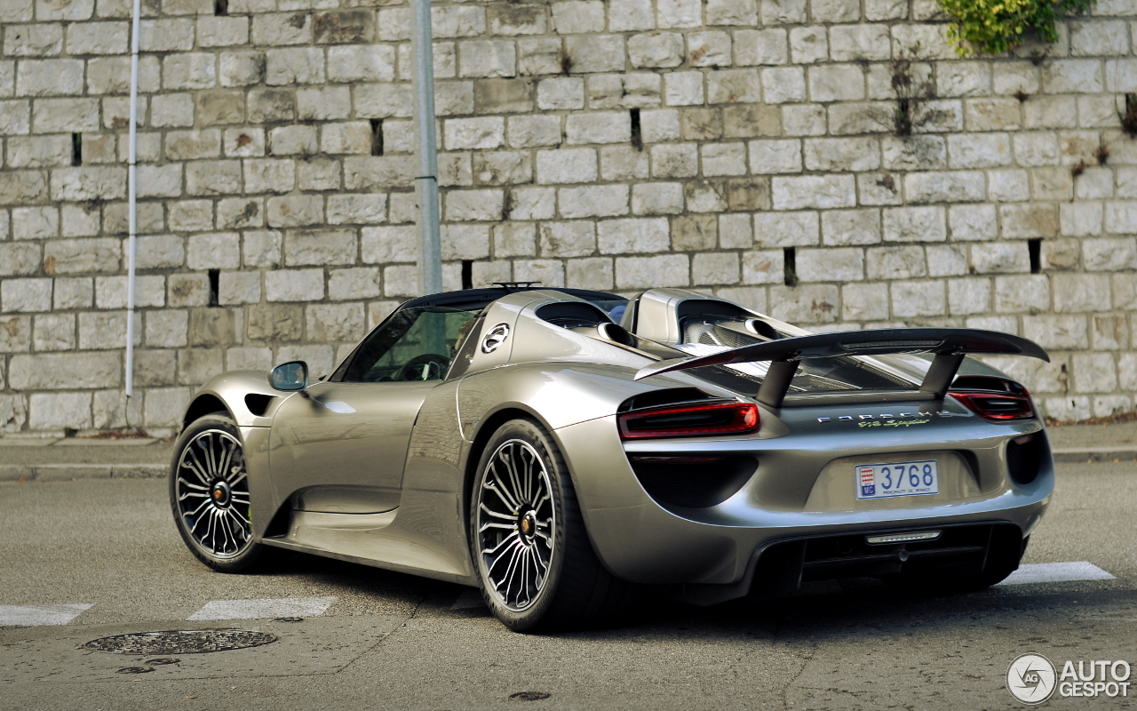 Porsche 918 Spyder 5 July 2016 Autogespot