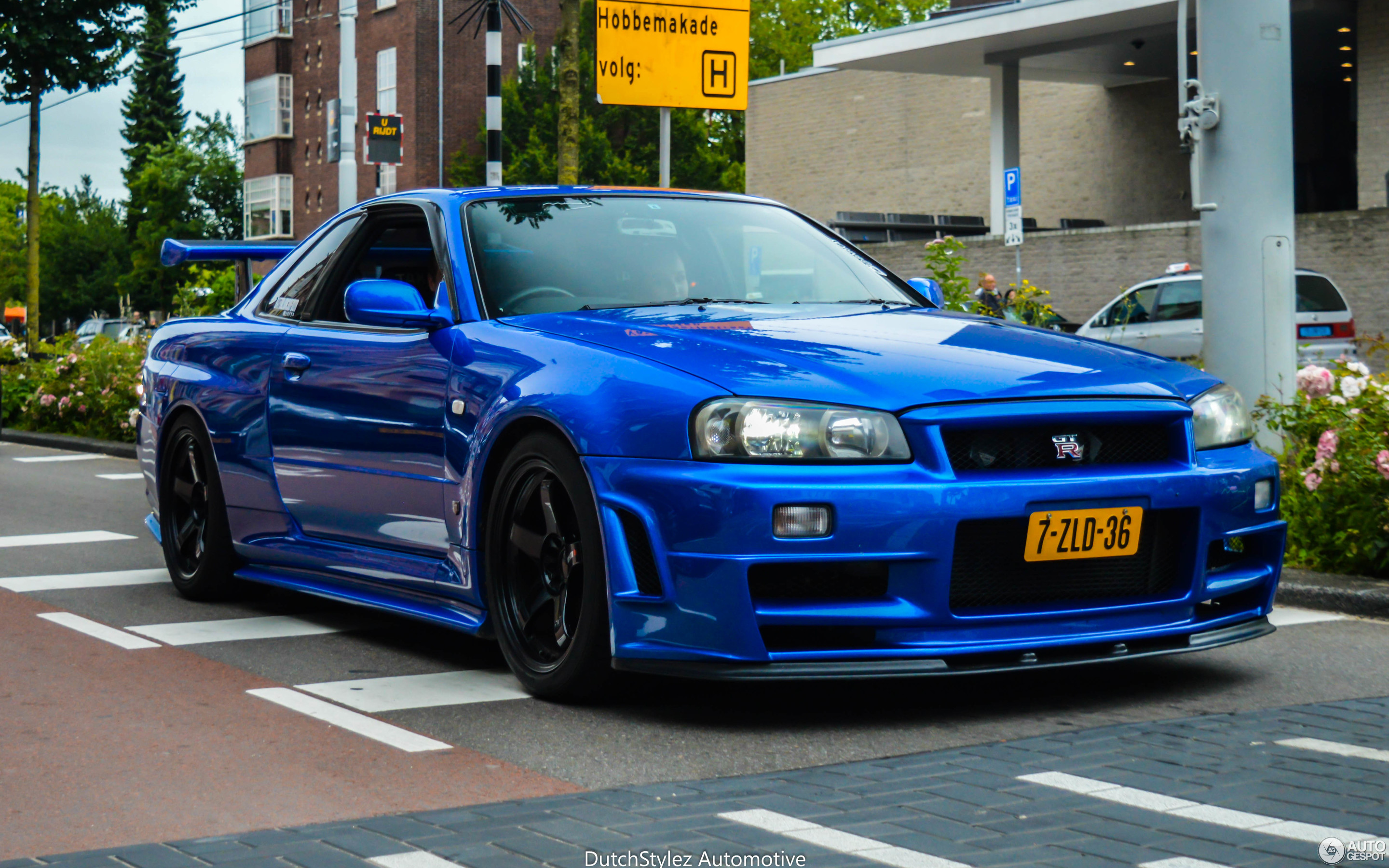 nissan skyline r34 gt r v spec 9 july 2016 autogespot. Black Bedroom Furniture Sets. Home Design Ideas
