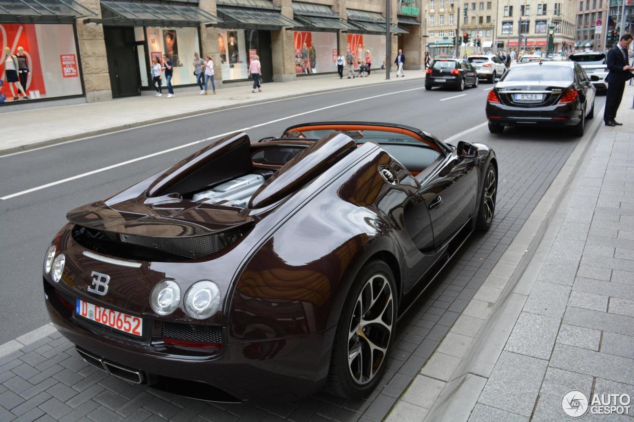 bugatti veyron 16 4 grand sport vitesse 10 july 2016. Black Bedroom Furniture Sets. Home Design Ideas