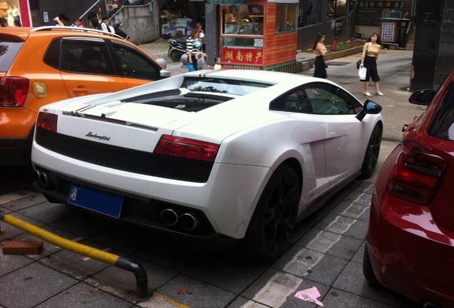 Exotic Car Spots Worldwide Hourly Updated Autogespot