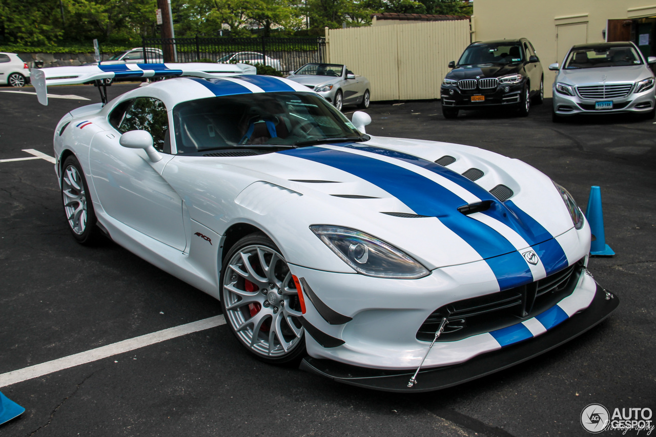 Srt 2016 Viper Acr Extreme 17 July 2016 Autogespot