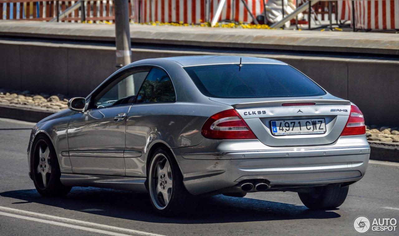 Mercedes benz clk 55 amg 19 julio 2016 autogespot for Mercedes benz clk55 amg