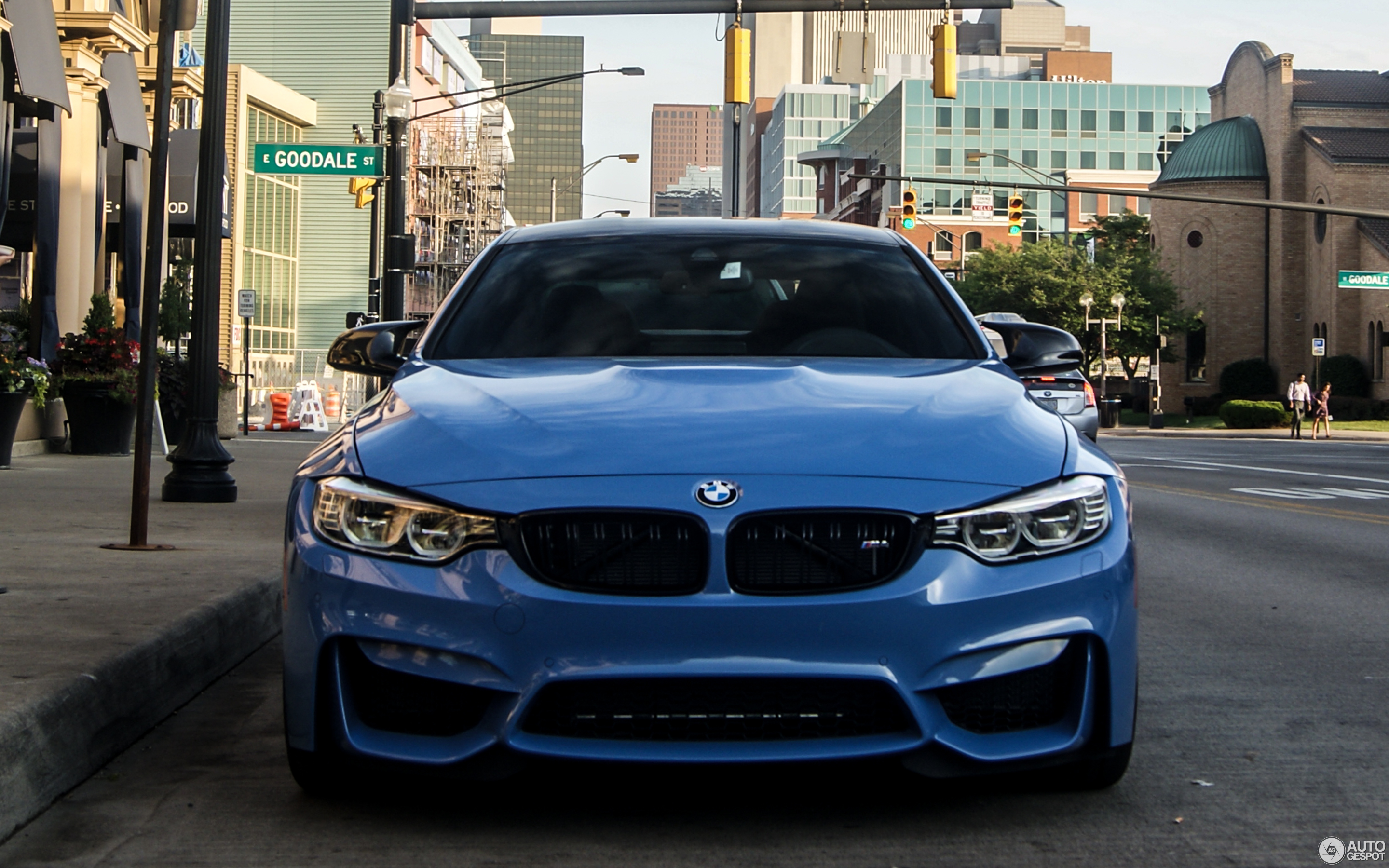 BMW M4 F82 Coupé 20 July 2016 Autogespot