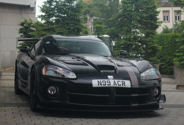 Dodge Viper SRT-10 ACR Voodoo Edition