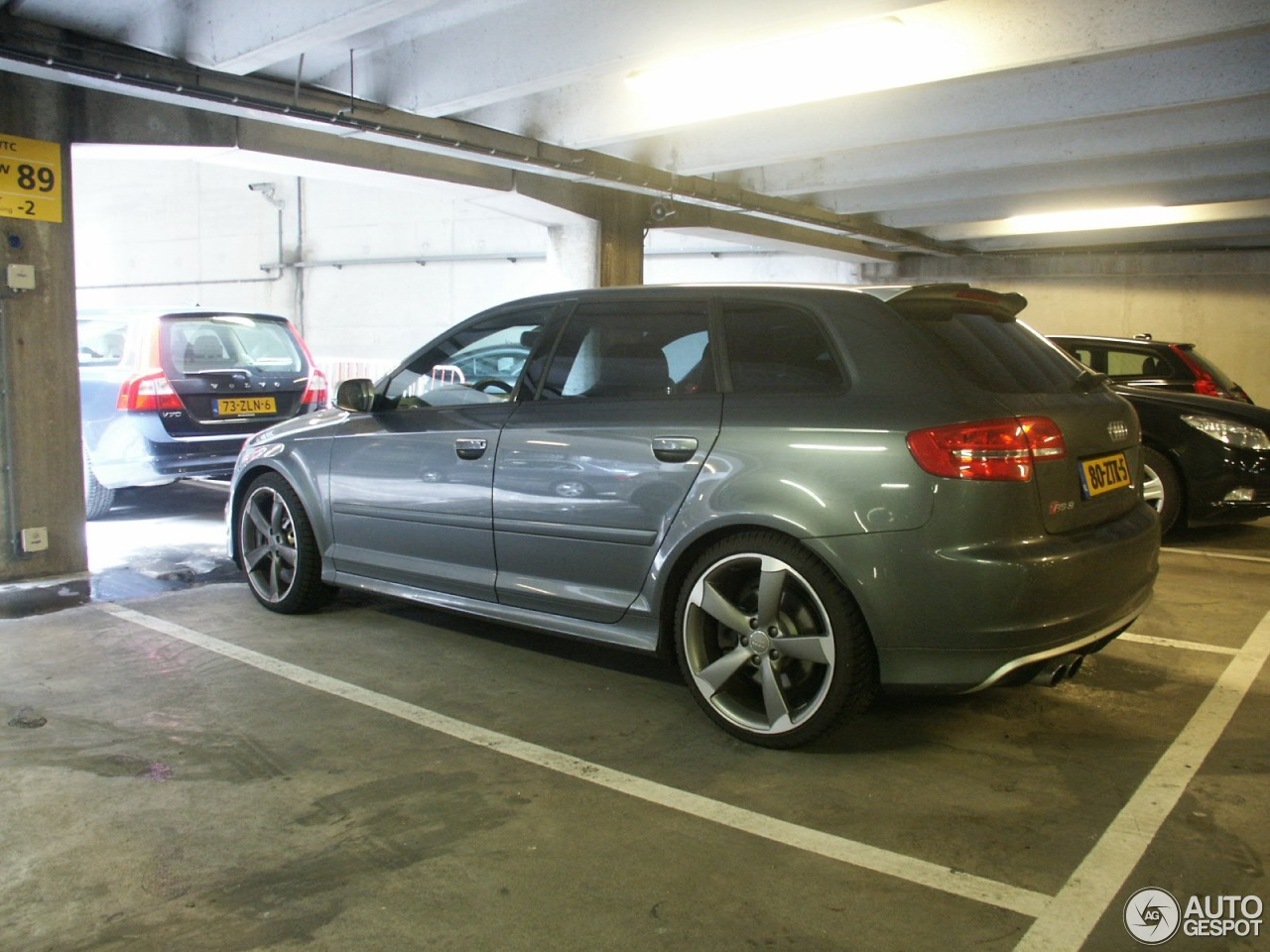Audi rs3 sportback 25 july 2016 autogespot for Garage audi tours