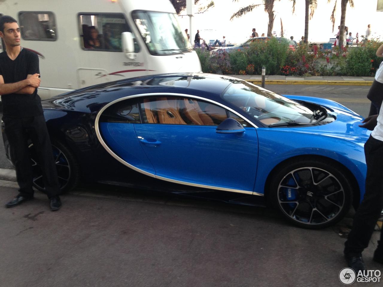 Bugatti Chiron - 13 Au...