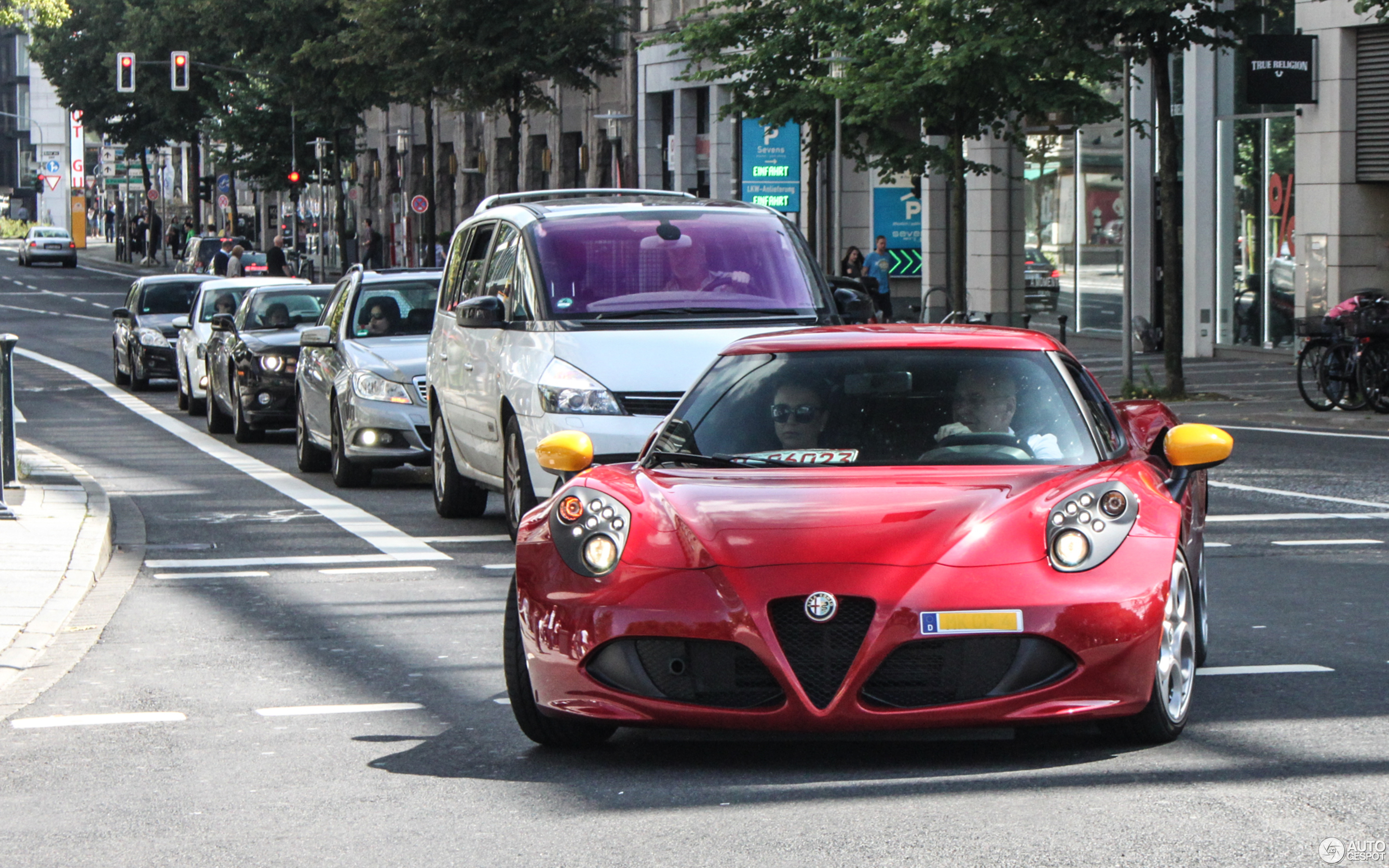 Alfa Romeo 4C 14 August 2016 Autogespot
