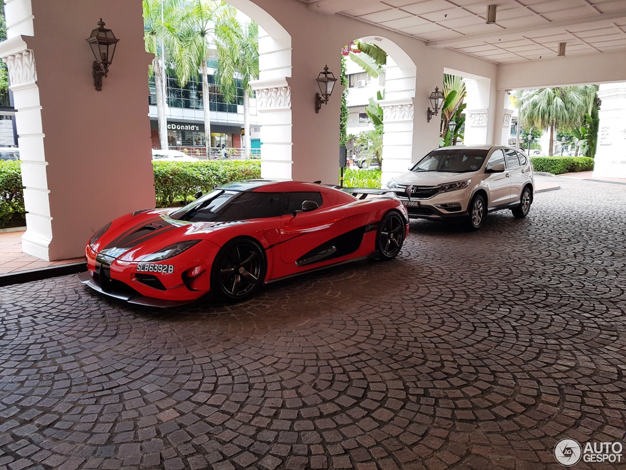 koenigsegg agera rs for sale in dubai with 28 on For Sale Koenigsegg Agera Rs moreover For Sale Mercedes Benz Slr Mclaren 2 also Lexus Ls430 Rims moreover Updated 2017 Nissan X Trail Ready To moreover Mr Coffee Under Cabi  Coffee Maker.