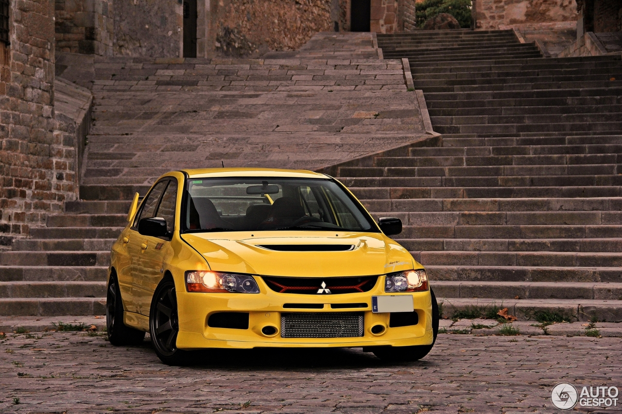 mitsubishi lancer evolution ix mr 6 september 2016 autogespot. Black Bedroom Furniture Sets. Home Design Ideas