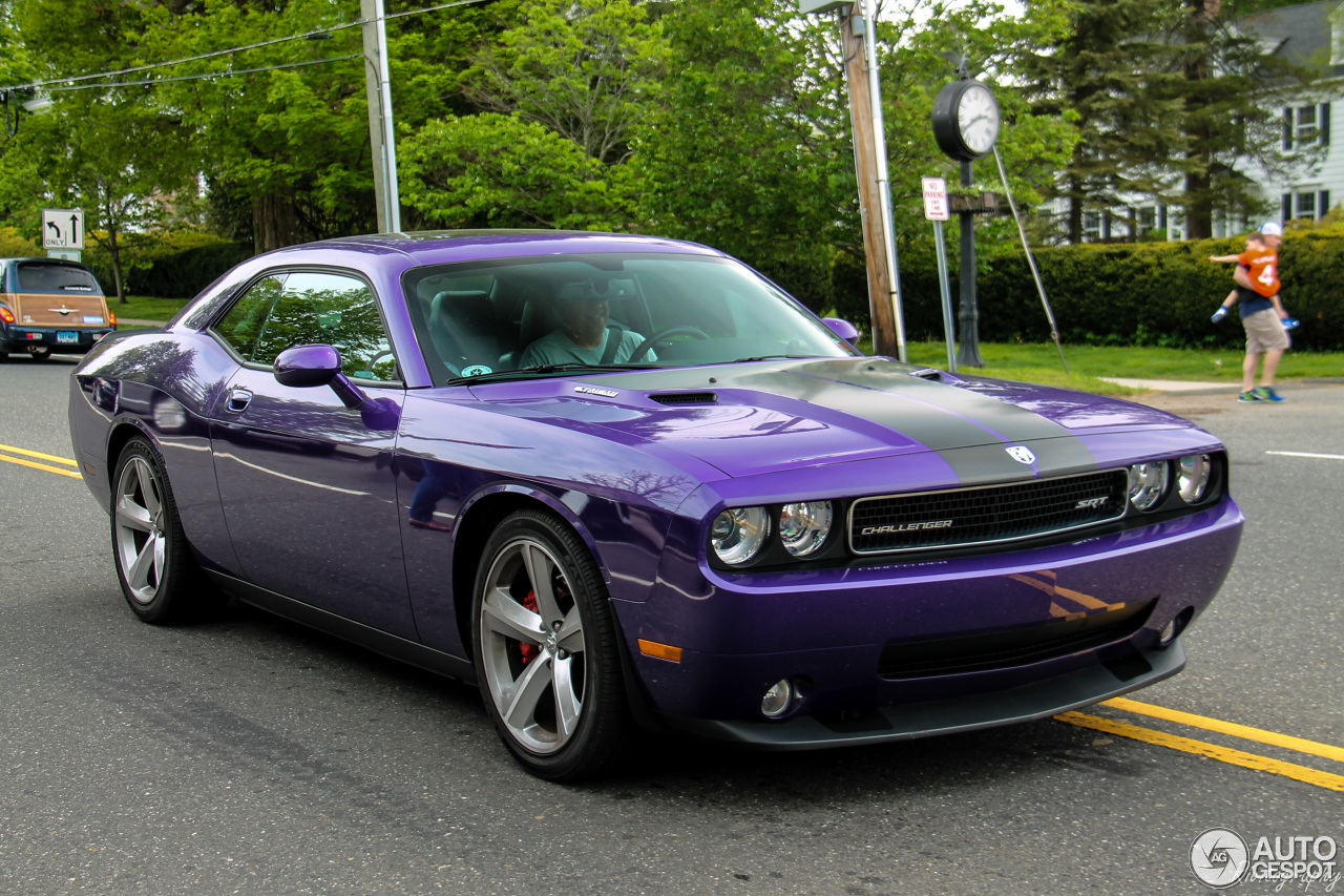 Dodge Challenger SRT-8 Plum Crazy Limited Edition - 9 September 2016 ...