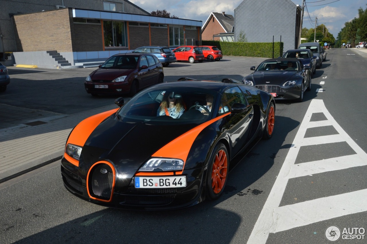 bugatti veyron 16 4 grand sport vitesse world record car edition 23 september 2016 autogespot. Black Bedroom Furniture Sets. Home Design Ideas