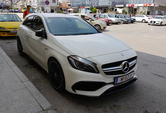 Mercedes-AMG A 45 W176 2015