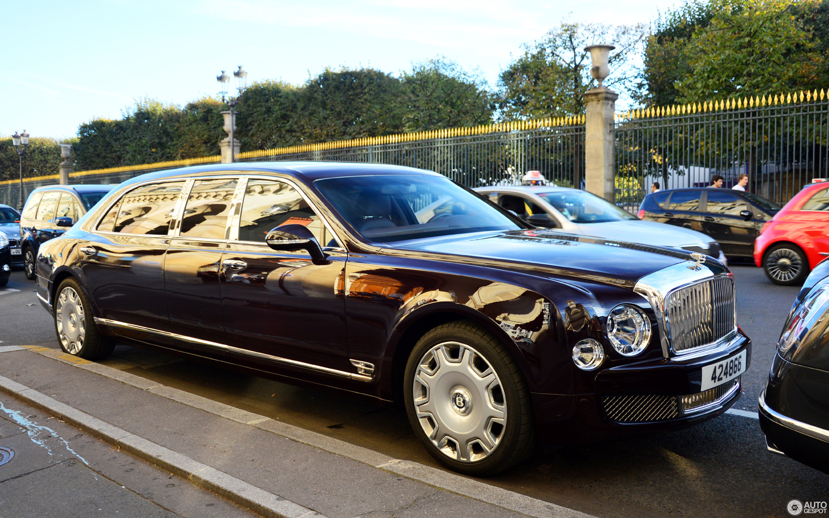 Bentley mulsanne limo