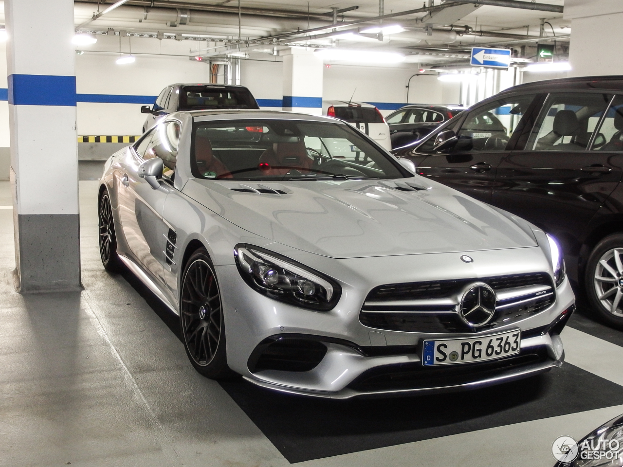 mercedes amg sl 63 r231 2016 11 october 2016 autogespot. Black Bedroom Furniture Sets. Home Design Ideas