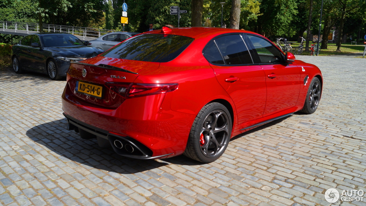 alfa romeo giulia quadrifoglio 15 october 2016 autogespot. Black Bedroom Furniture Sets. Home Design Ideas