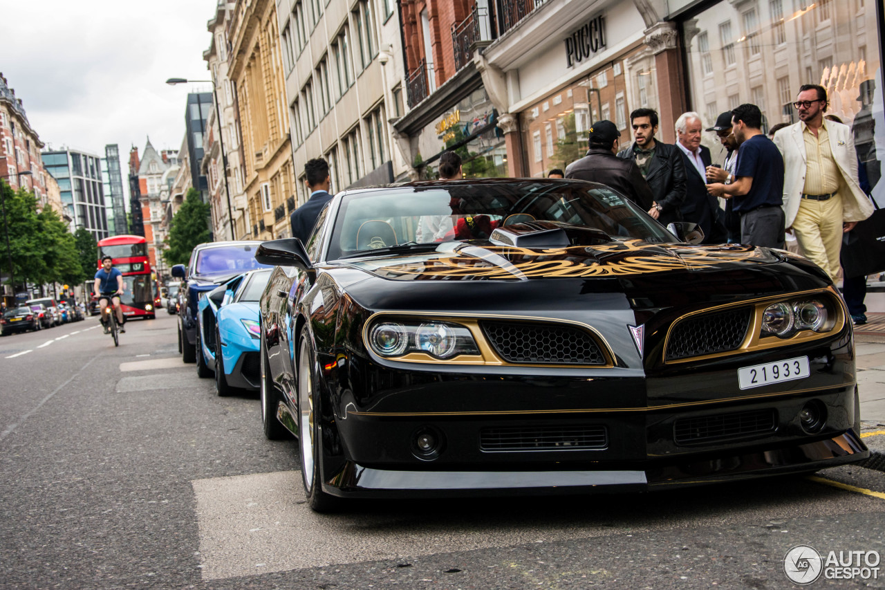 Smokey and the bandit trans am-9011