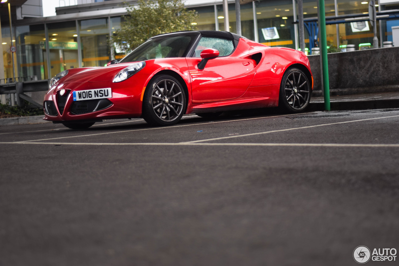 Alfa Romeo 4C Spider - 16 October 2016 - Autogespot