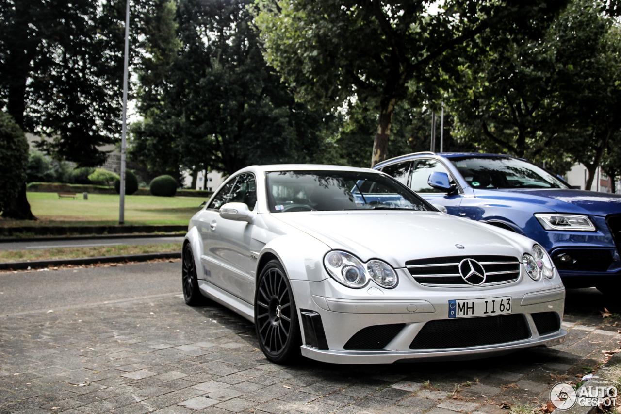 Mercedes benz clk 63 amg black series 21 october 2016 for Mercedes benz 3 series