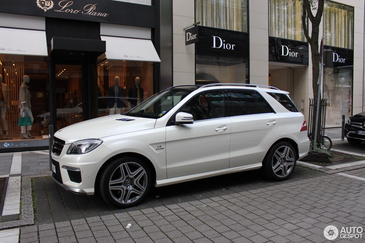 Mercedes benz ml 63 amg w166 30 october 2016 autogespot for Mercedes benz ml amg