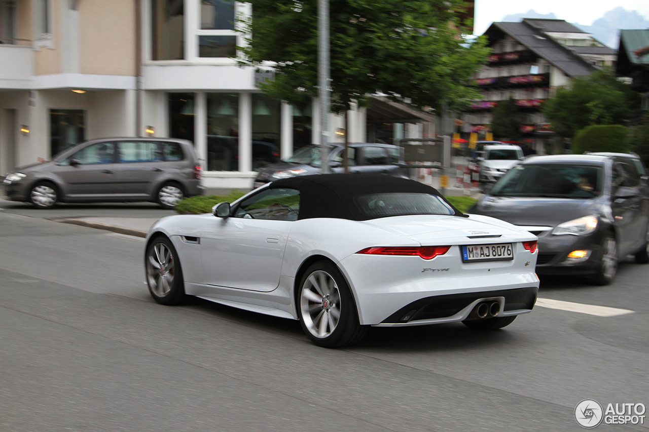 jaguar f type s convertible 2 november 2016 autogespot. Black Bedroom Furniture Sets. Home Design Ideas